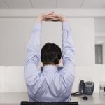 Fitness: 2 salutari esercizi per chi sta seduto a lungo